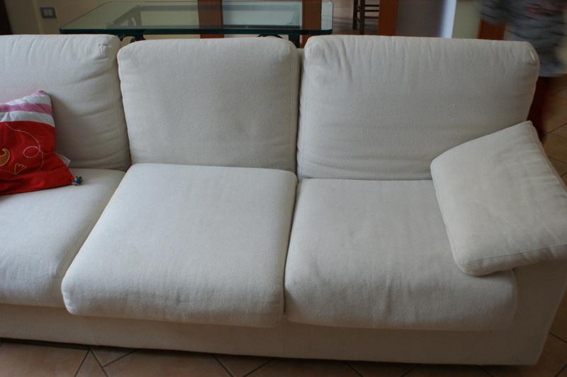 Forum cosa abbinare a questo divano - Devo buttare un divano ...